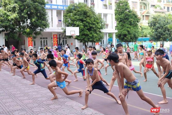 Hà Nội: Tổ chức phổ cập môn bơi cho trẻ phòng chống đuối nước 2019 ảnh 3