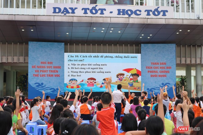 Hà Nội: Tổ chức phổ cập môn bơi cho trẻ phòng chống đuối nước 2019 ảnh 2