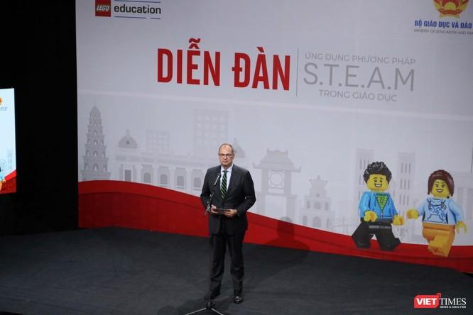 Thứ trưởng Bộ Giáo dục và Đào tạo Nguyễn Hữu Độ: STEAM giúp học sinh giải quyết các vấn đề trong thực tiễn cuộc sống ảnh 4