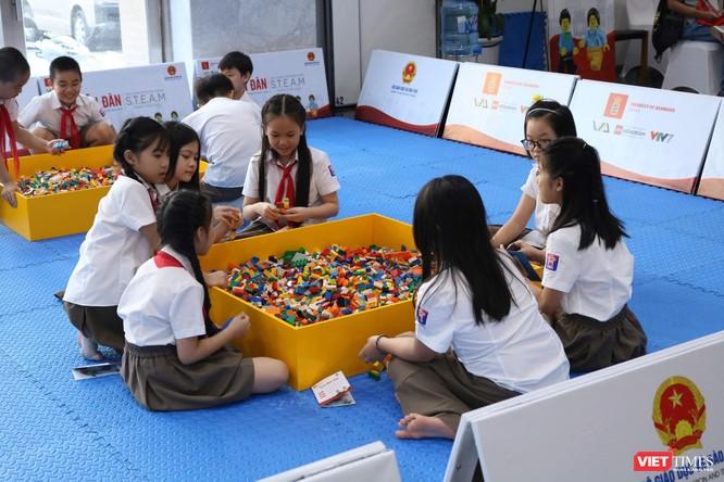 Thứ trưởng Bộ Giáo dục và Đào tạo Nguyễn Hữu Độ: STEAM giúp học sinh giải quyết các vấn đề trong thực tiễn cuộc sống ảnh 2