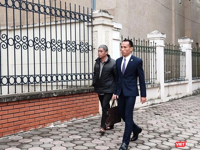 Hội đồng xét xử kết luận: Cháu Lê Hoàng Long bị bỏ quên trên xe ô tô! ảnh 1