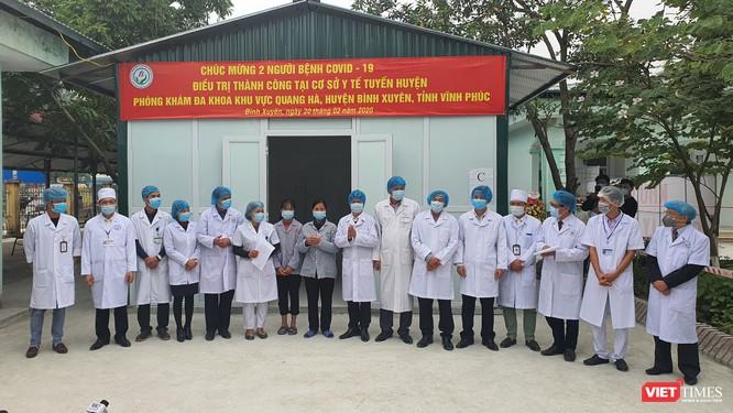 Mẹ và em gái nữ công nhân mắc COVID-19 trở về từ Vũ Hán đã khỏi bệnh ảnh 1