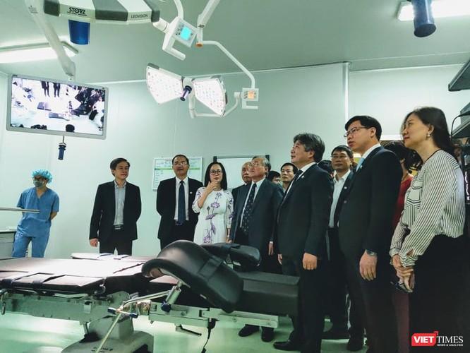 """Khai trương 2 phòng mổ chất lượng cao trong ngày """"đặc biệt"""" ảnh 4"""