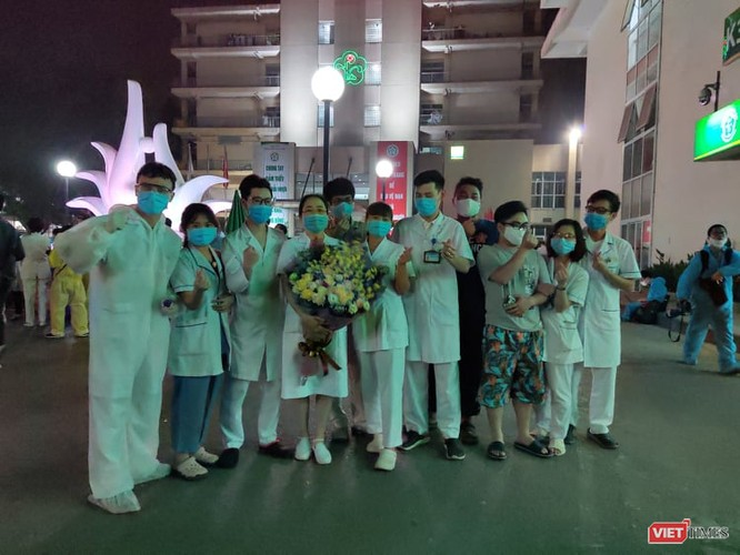 Vì sao hết phong tỏa, Bệnh viện Bạch Mai vẫn chưa hoạt động bình thường trở lại? ảnh 2