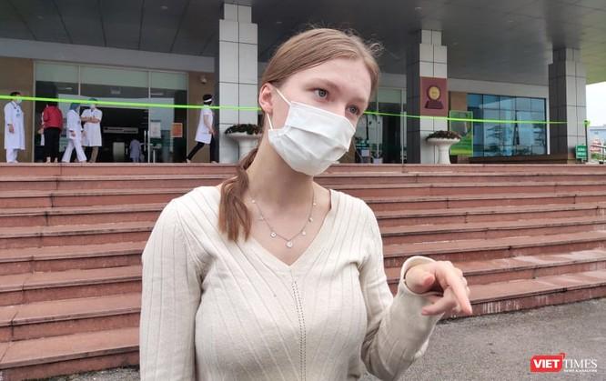 Cô gái Đan Mạch nhiễm virus SARS-CoV-2 nói gì trong ngày được công bố khỏi bệnh? ảnh 1