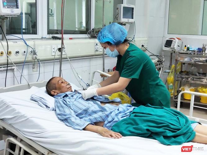 """Bệnh nhân 19 nhiều lần dọa """"tử vong"""" ảnh 1"""