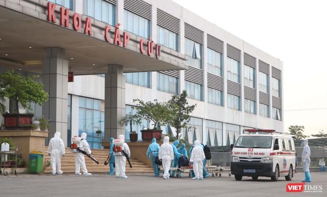 3 bệnh nhân mắc COVID-19 từ Guinea Xích đạo về bị tổn thương phổi, sốt rét, nhiễm ký sinh trùng ảnh 1