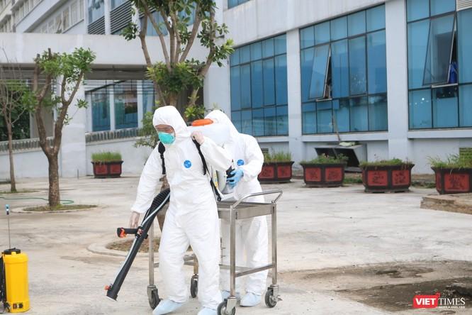 120 công dân Việt Nam mắc COVID-19 ở Guinea Xích Đạo đã về nước an toàn ảnh 2