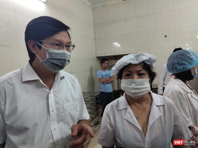 Đột xuất kiểm tra phát hiện xưởng sản xuất bánh trung thu Hương Trà nằm ngay cạnh rãnh nước thải ảnh 3