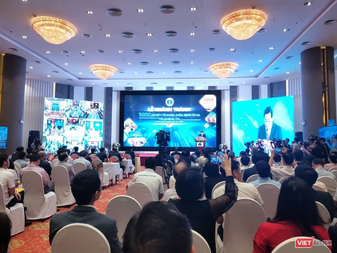 Thủ tướng Nguyễn Xuân Phúc dự lễ khánh thành 1.000 điểm cầu khám, chữa bệnh từ xa ảnh 4