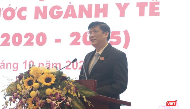 Quyền Bộ trưởng Bộ Y tế Nguyễn Thanh Long kêu gọi ngành Y tế chung tay vì miền Trung ruột thịt ảnh 1