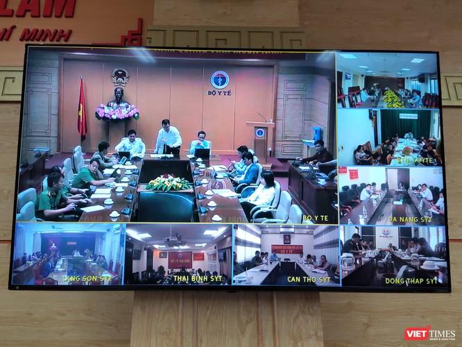 Chuyên gia người nước ngoài nhập cảnh vào Việt Nam phải xét nghiệm COVID-19 đủ 3 lần khi cách ly ảnh 1