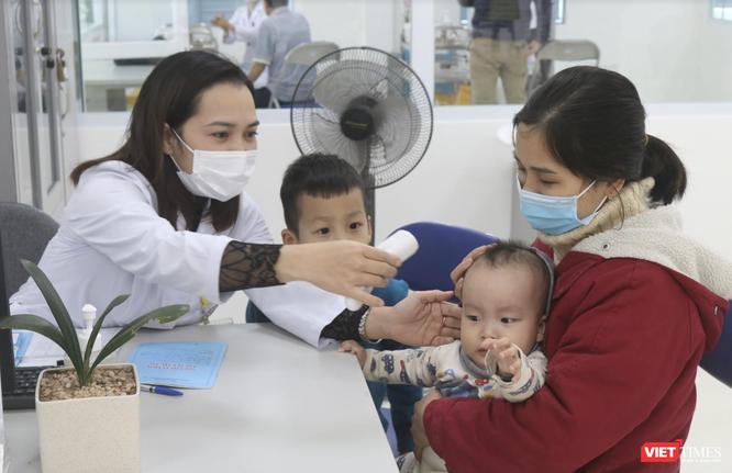 Bệnh viện tuyến đầu chữa COVID-19 sẽ tư vấn phòng dịch cho người đi nước ngoài ảnh 3