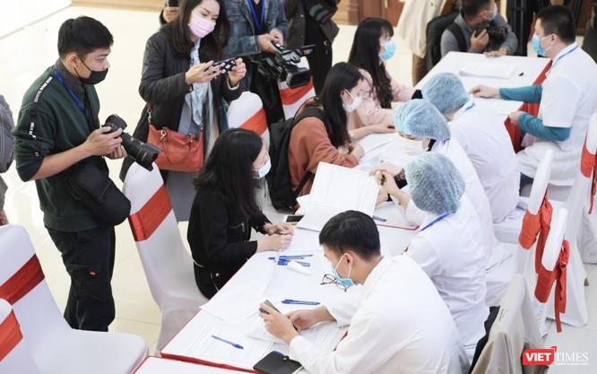 Phó Thủ tướng Vũ Đức Đam yêu cầu Bộ Y tế xây dựng Đề án thành lập Viện Vaccine quốc gia ảnh 1