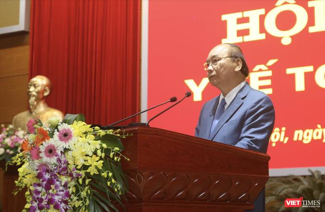 Thủ tướng Nguyễn Xuân Phúc: Người dân phải xếp hàng vì bệnh viện tuyến trên lúc nào cũng quá tải ảnh 4