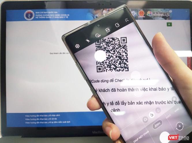 """PGS.TS. Trần Quý Tường: Bắc Giang và Bắc Ninh chủ động """"chiến đấu"""" với COVID-19 bằng CNTT ảnh 1"""