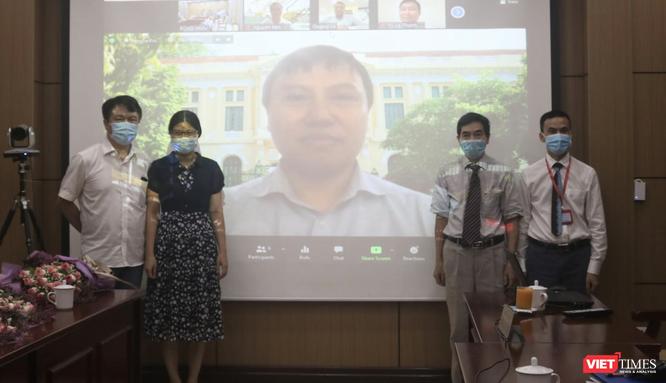 Lần đầu tiên trong lịch sử Trường ĐH Y Hà Nội tổ chức bảo vệ luận án tiến sĩ online vì dịch COVID-19 ảnh 5