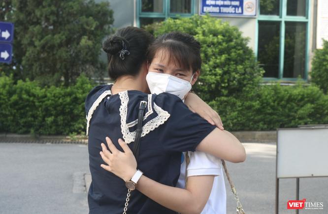 """35 bác sĩ, điều dưỡng trẻ ở Bệnh viện Hữu Nghị lên đường vào """"điểm nóng"""" của COVID-19 ở TP. HCM ảnh 4"""