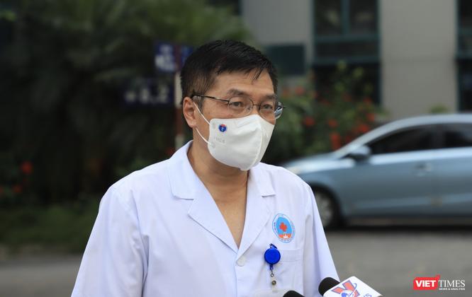 """35 bác sĩ, điều dưỡng trẻ ở Bệnh viện Hữu Nghị lên đường vào """"điểm nóng"""" của COVID-19 ở TP. HCM ảnh 1"""