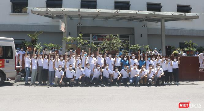 30 bác sĩ, điều dưỡng của Bệnh viện Hữu Nghị vào Tiền Giang để điều trị cho bệnh nhân COVID-19 nặng ảnh 3
