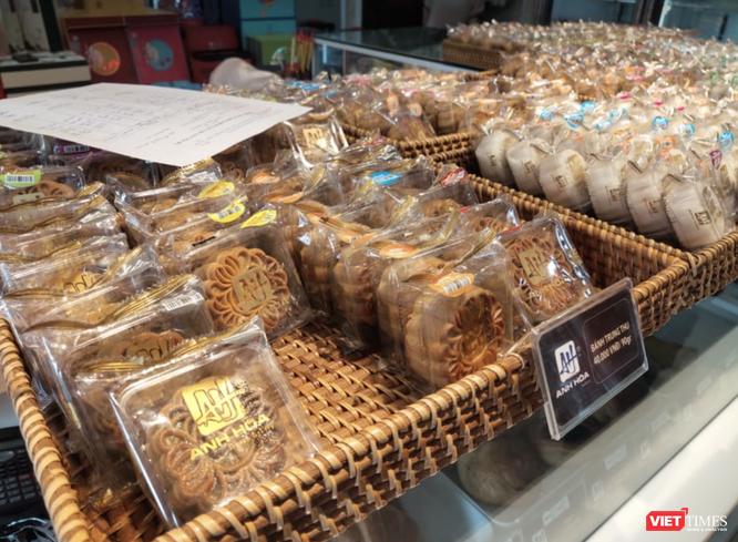 Đang giãn cách xã hội, người dân làm gì để mua bánh trung thu an toàn, chất lượng? ảnh 2