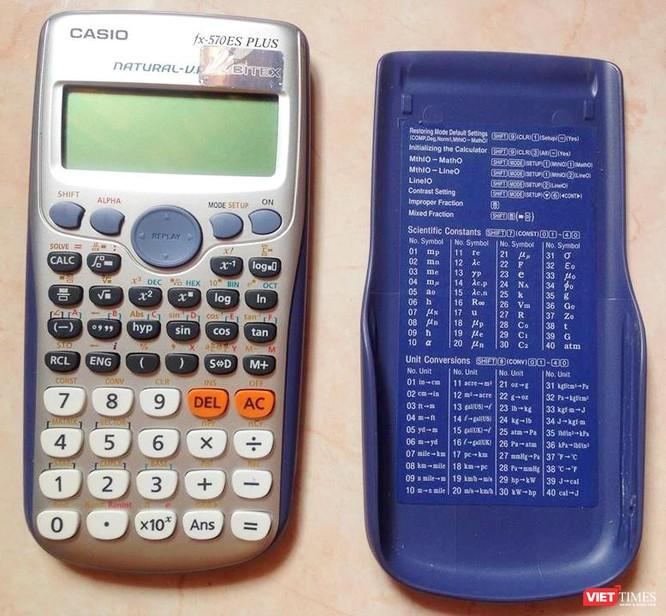 Casio FX 570ES Plus là loại máy tính thông dụng được mang vào phòng thi
