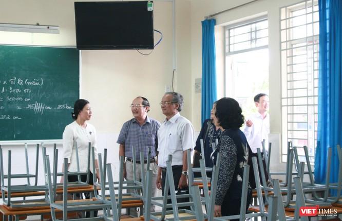 Đoàn khảo sát tại Trường THCS Hoàng Diệu