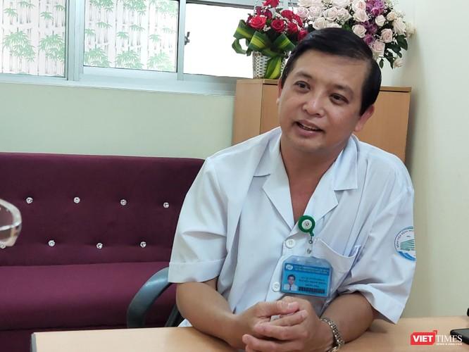 Bác sĩ trưởng khoa nhiễm D Bệnh viện Bệnh Nhiệt đới: Chưa có căn cứ về việc COVID-19 lây qua đường nước, phân người ảnh 4