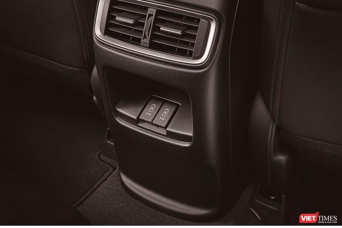 Honda Việt Nam ra mắt xe CR-V 2018, giá cao nhất 1,1 tỷ đồng ảnh 16