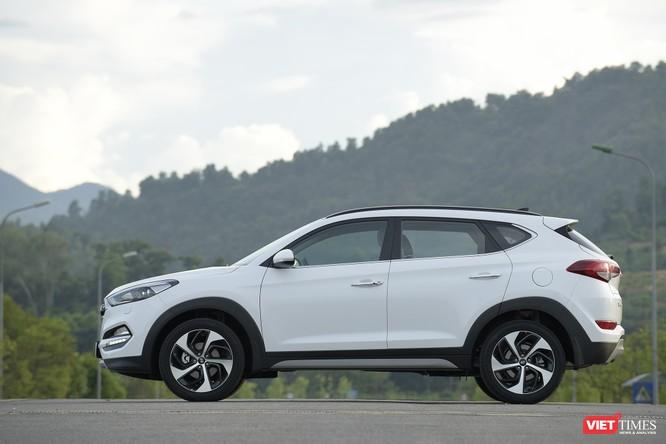 """Cuộc chiến giá xe: Hyundai Tucson giảm 130 triệu, thành hàng """"hot""""? ảnh 1"""