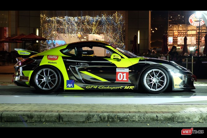"""""""Mòn mắt"""" với Porsche Cayman GT4 Clubsport bất ngờ xuất hiện tại Việt Nam ảnh 15"""