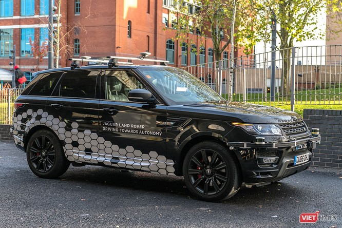 Jaguar Land Rover chen chân vào công nghệ xe tự hành ảnh 2