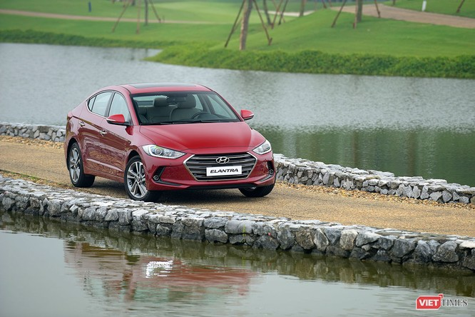 Chỉ hơn 500 triệu đã có thể tậu Hyundai Elantra đón Tết ảnh 2