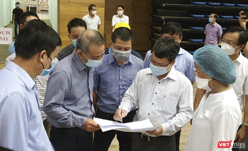Ảnh: Đà Nẵng sẽ hoàn thành bệnh viện dã chiến Cung thể thao Tiên Sơn trong 4 ngày ảnh 6