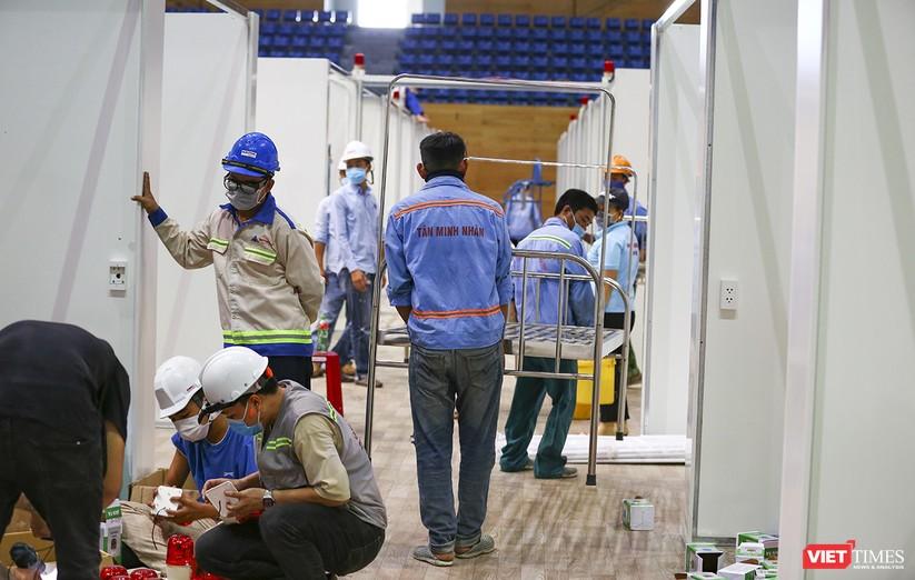 Những hình ảnh mới nhất từ bệnh viện dã chiến 1.000 giường bệnh ở Đà Nẵng ảnh 12