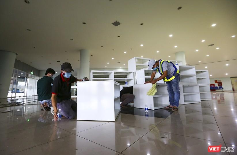 Những hình ảnh mới nhất từ bệnh viện dã chiến 1.000 giường bệnh ở Đà Nẵng ảnh 34