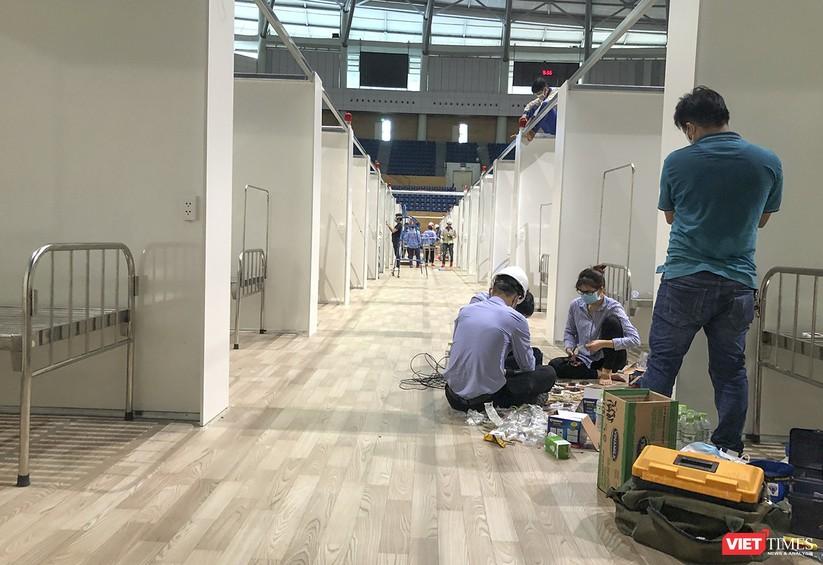Những hình ảnh mới nhất từ bệnh viện dã chiến 1.000 giường bệnh ở Đà Nẵng ảnh 9