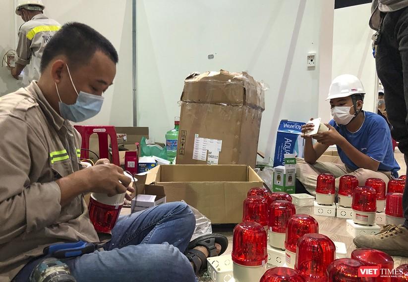 Những hình ảnh mới nhất từ bệnh viện dã chiến 1.000 giường bệnh ở Đà Nẵng ảnh 8