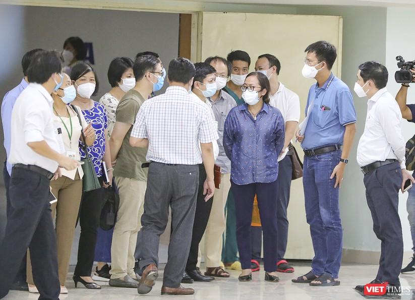 Bàn giao Bệnh viện dã chiến Cung thể thao Tiên Sơn cho ngành y tế ảnh 13