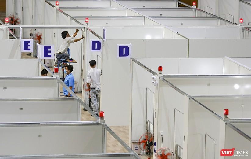 Bàn giao Bệnh viện dã chiến Cung thể thao Tiên Sơn cho ngành y tế ảnh 3