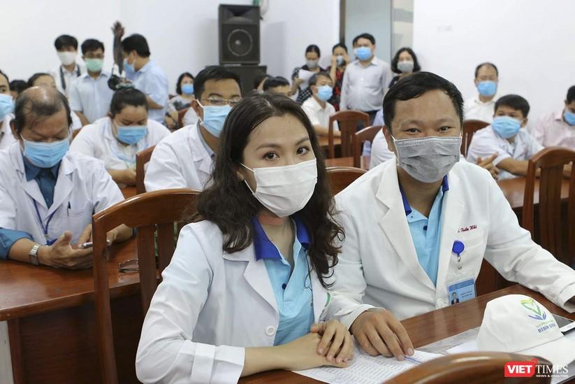 Ảnh: Đoàn cán bộ Y tế tỉnh Bình Định lên đường chi viện cho Đà Nẵng chống dịch COVID-19 ảnh 8