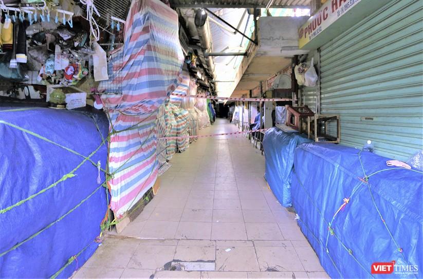Ảnh: Ngày đầu tiên người dân Đà Nẵng đi chợ bằng phiếu để phòng COVID-19 ảnh 8