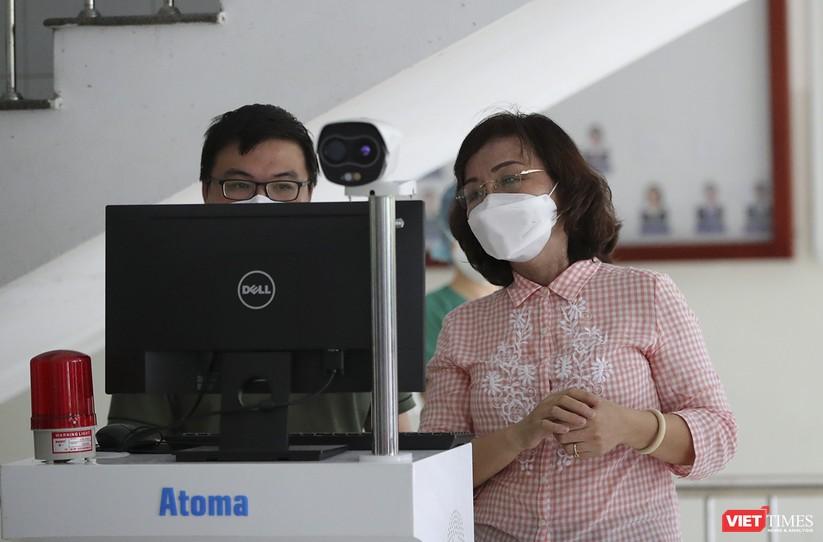 Ảnh: Chính thức dỡ bỏ lệnh phong tỏa đối với Bệnh viện Đà Nẵng ảnh 13