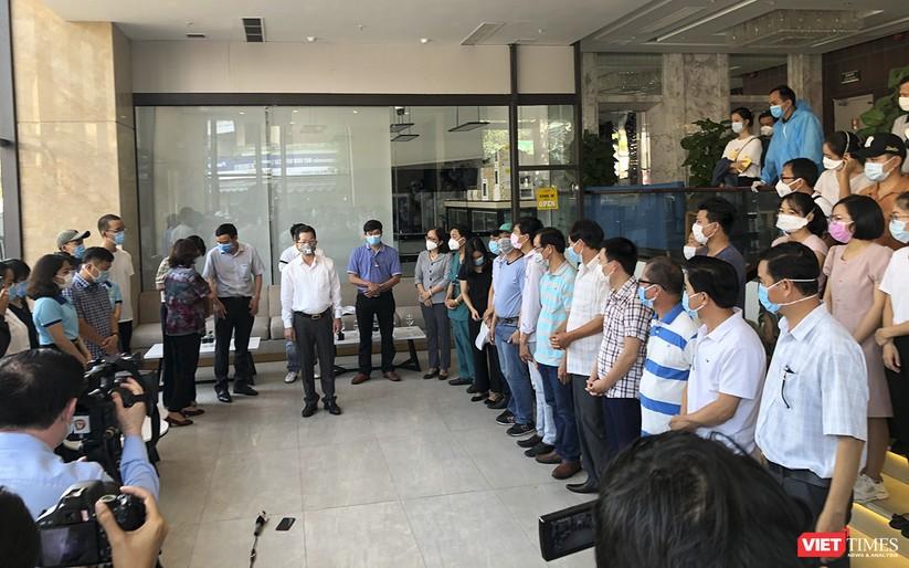 Ảnh: Đoàn bác sỹ tình nguyện Thừa Thiên Huế, Bình Định chia tay Đà Nẵng ảnh 2
