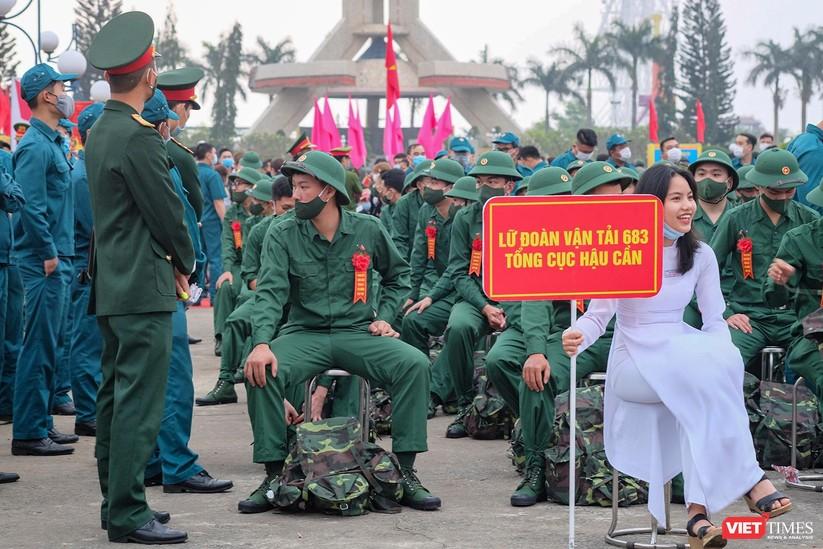 Ảnh: Hơn 1.200 tân binh ở Đà Nẵng lên đường nhập ngũ ảnh 4