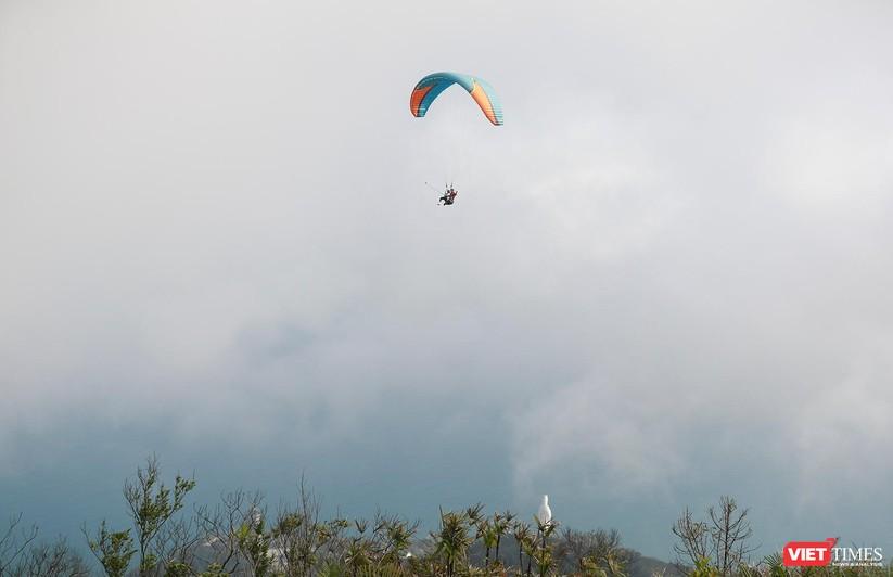 Ảnh: Một ngày lên đỉnh Sơn Trà cùng những cánh dù lượn ảnh 6