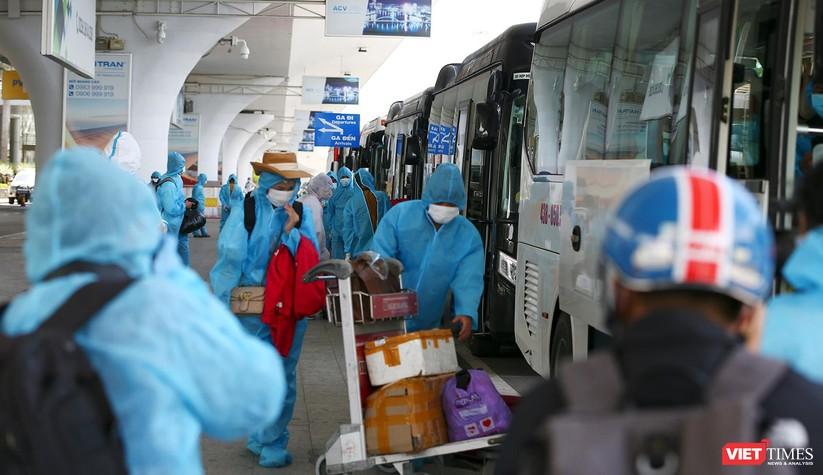 Ảnh: Đà Nẵng đón người dân từ TP HCM về nhà ảnh 24