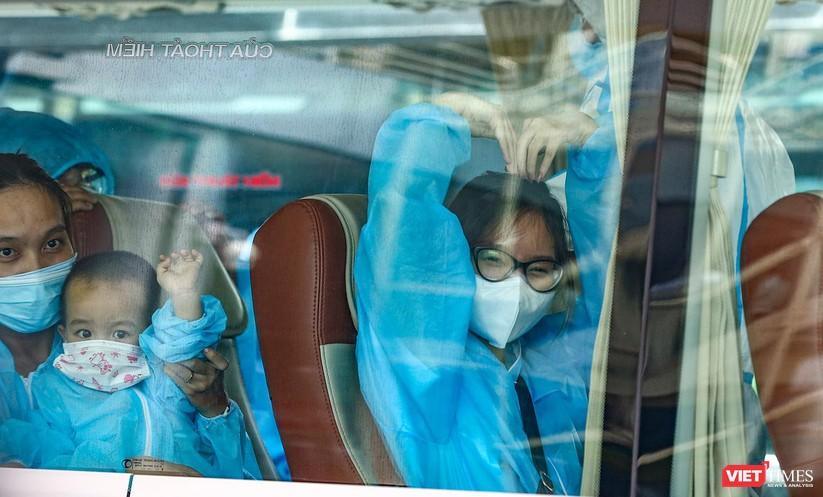 Ảnh: Đà Nẵng đón người dân từ TP HCM về nhà ảnh 35
