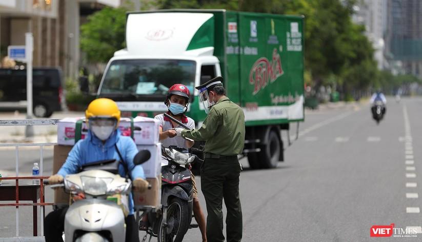 Ảnh: Cận cảnh chốt kiểm soát 5 phường trên địa bàn quận Sơn Trà (Đà Nẵng) ảnh 6