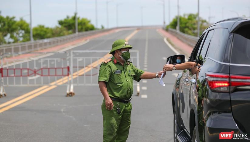 Ảnh: Cận cảnh chốt kiểm soát 5 phường trên địa bàn quận Sơn Trà (Đà Nẵng) ảnh 30